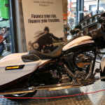 Street Glide® mit Color Shop Arctic Flash Set